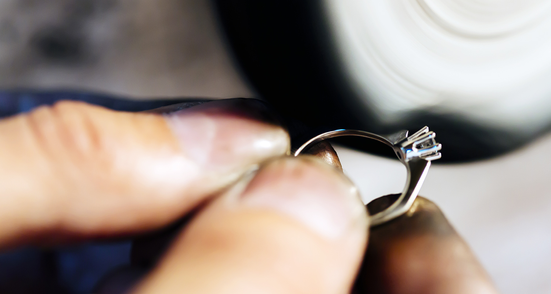 指輪の加工